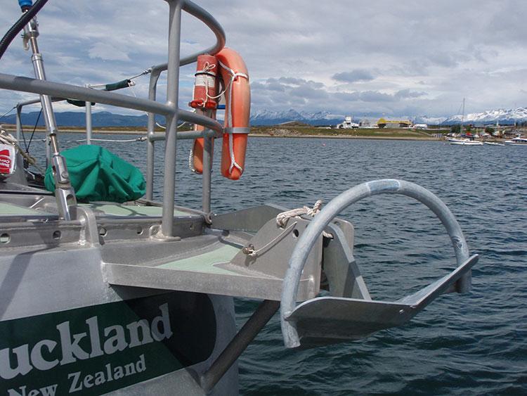 [Imagen: stern-anchor-kiwi-roa.jpg]